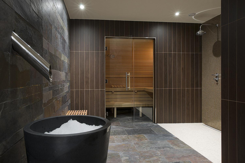 steam sauna ice bath sequencing the right regimen smart. Black Bedroom Furniture Sets. Home Design Ideas